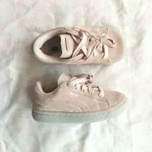 PUMA Suede Pink Lace Up Toddler Girl Sneakers Sz 9
